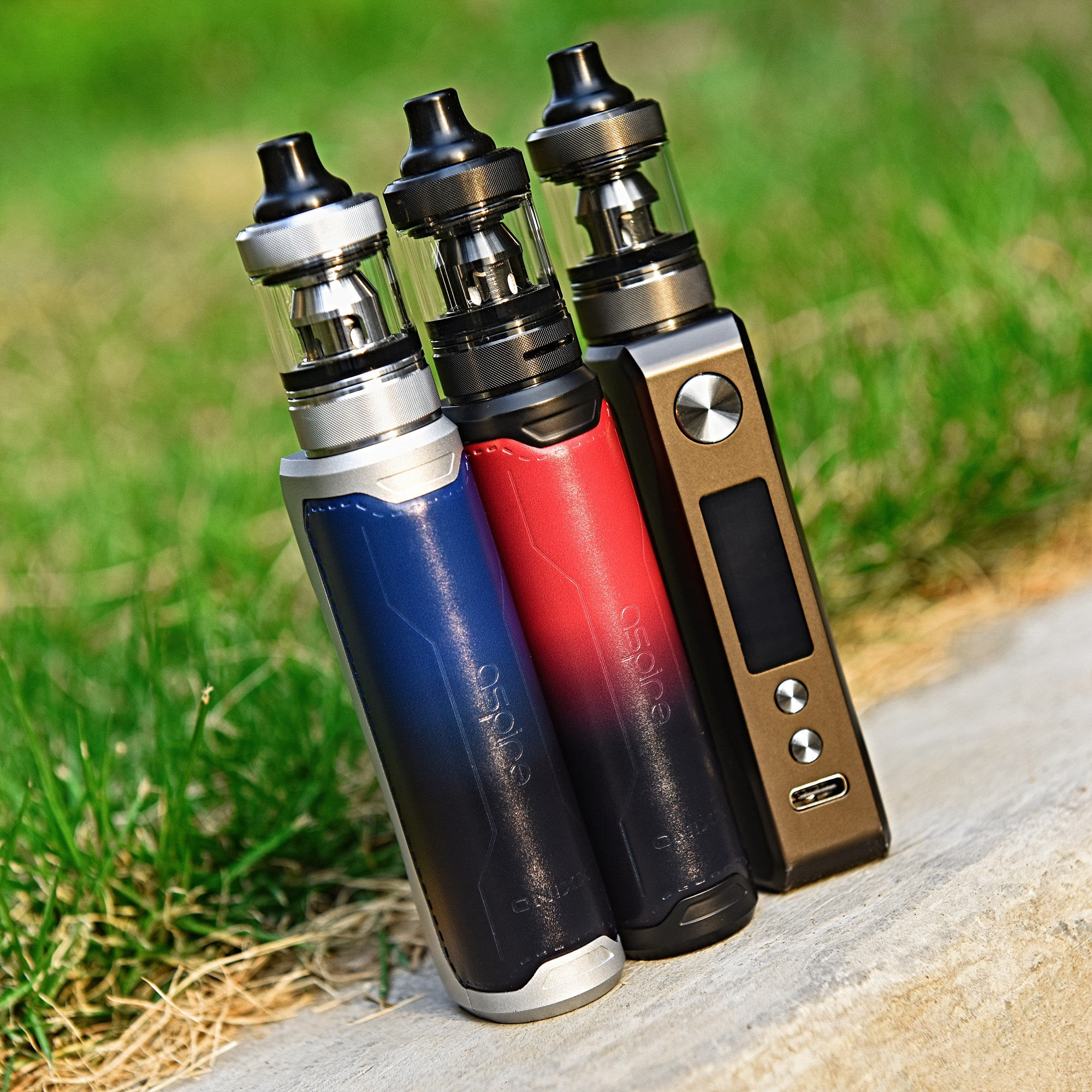 Aspire Onnix in three color versions.