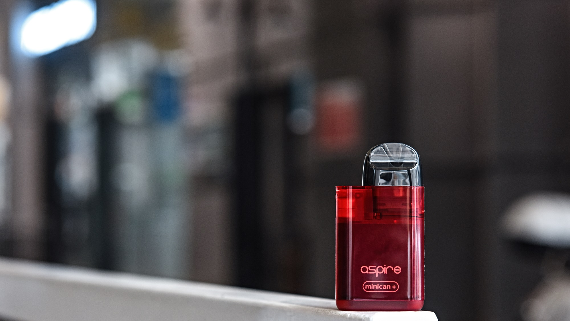 A red Aspire Minican+